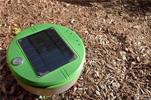太阳能除草机器人